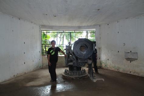 Meriam Peninggalan Jepang di Bukit Siti Nurbaya