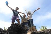 Di Puncak Pulau Sempu / Andre Yuris